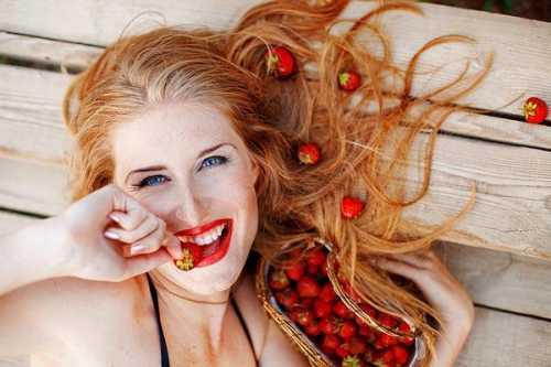 жирная кожа лица: причины, особенности ухода, народные рецепты